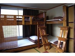 3-6名用2段ベッドルーム