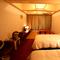 和洋室山側36平米★緑豊かな恩納岳と青い空を望むお部屋