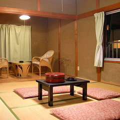 本館■6〜8畳和室