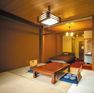 和洋室・バストイレ付2階