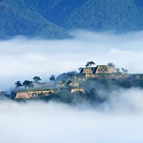 今話題の天空の城『竹田城跡』に近いホテル☆車で約15分!カメラ持参で出発♪