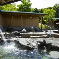 お部屋食【最上階9階】 最上階より海を見晴らす—温泉展望風呂付特別室—