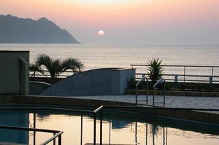 【1泊朝食付】超深層の天然温泉&太平洋を望む全室オーシャンフロント♪ボリュームたっぷり朝食で元気に