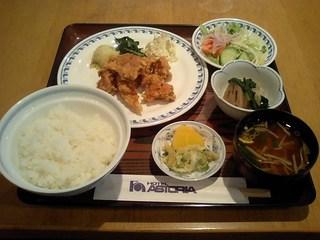 夕食付き(定食・セットメニュー)