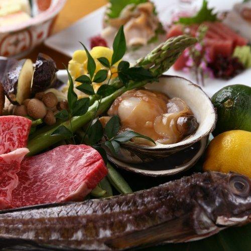 【タクシー送迎付プラン】夕食は北海道の旬の炭火焼コース×朝食は和食ビュッフェ