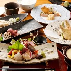 【ご夕食8,000円コース】スタンダード/旬の味覚を盛り込んだコース料理をご用意
