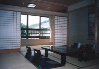 くつろぎの和室と温泉 山梨の旅、ビジネスをお気軽に