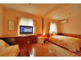 【本館】人気の檜露天風呂付き客室が2名で4000円引!ヒノキの香りで森林浴♪