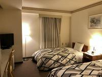 ツインルーム【喫煙可】◆角部屋◆18平米・ベッド幅110cm