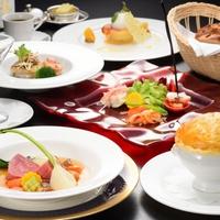 【夕食はレストランで自慢のコース料理をお楽しみ下さい♪】季節を楽しむディナープラン【2食付】