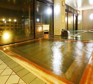 【秋冬旅セール】ゆったり36平米&のんびり温泉満喫「素泊り★基本プラン」