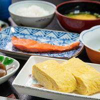 【秋冬旅セール】【京地鶏すき焼き】ぷりっと歯ごたえがある京地鶏&旬の野菜をたっぷり