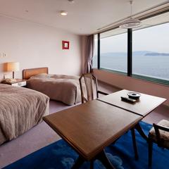 【禁煙】海を眺める絶景のデラックス洋室