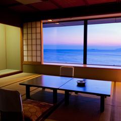 【喫煙】海を眺める絶景のデラックス和室