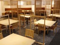 【夏休みにオススメ】A4神戸牛ステーキや伊勢海老姿造りなど 波の彩会席【メインダイニング遊楽】