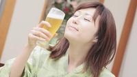 かわいい彼女と飲み放題♪【マッサージチェア付き】のお部屋は12時まで使えます♪