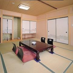 和室10畳バス・トイレ付