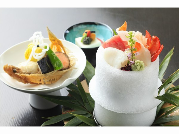 【グランコンフォート・ツインルーム】〜客室から樹海越しの富士山〜1泊2食付プラン