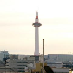 JR京都駅から徒歩10分★最終イン23時★京都観光の拠点に♪