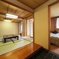 【和洋室:ツインベッド+10畳】やっぱりベッドで快眠【紅館】