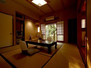 和室10畳(バス、トイレ無し)海鮮プラン 夕朝食個室