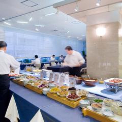 【高知家の食卓 晩酌きっぷ付】ご朝食付きプラン♪夕食は近くの人気店で!