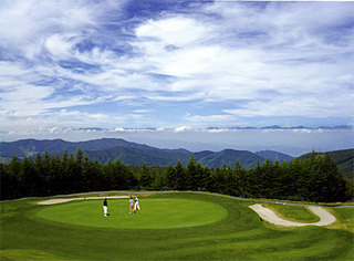 【日本で一番飛ぶゴルフ場】北アルプスに打つ!ゴルフ三昧プラン マイカー限定 1泊3食プラン