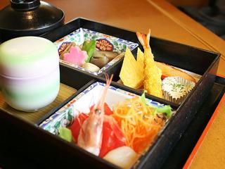 【あさっぴー割】全員対象!最大3,000円割引(40種類から選べる夕食&和洋朝食付)