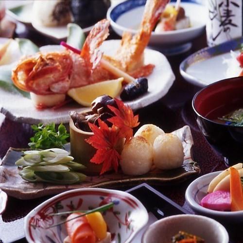 [食を愉しむ]世界三大漁場「三陸」海の幸と「奥羽」山の恵みを堪能 特選「松」膳グレードアップ