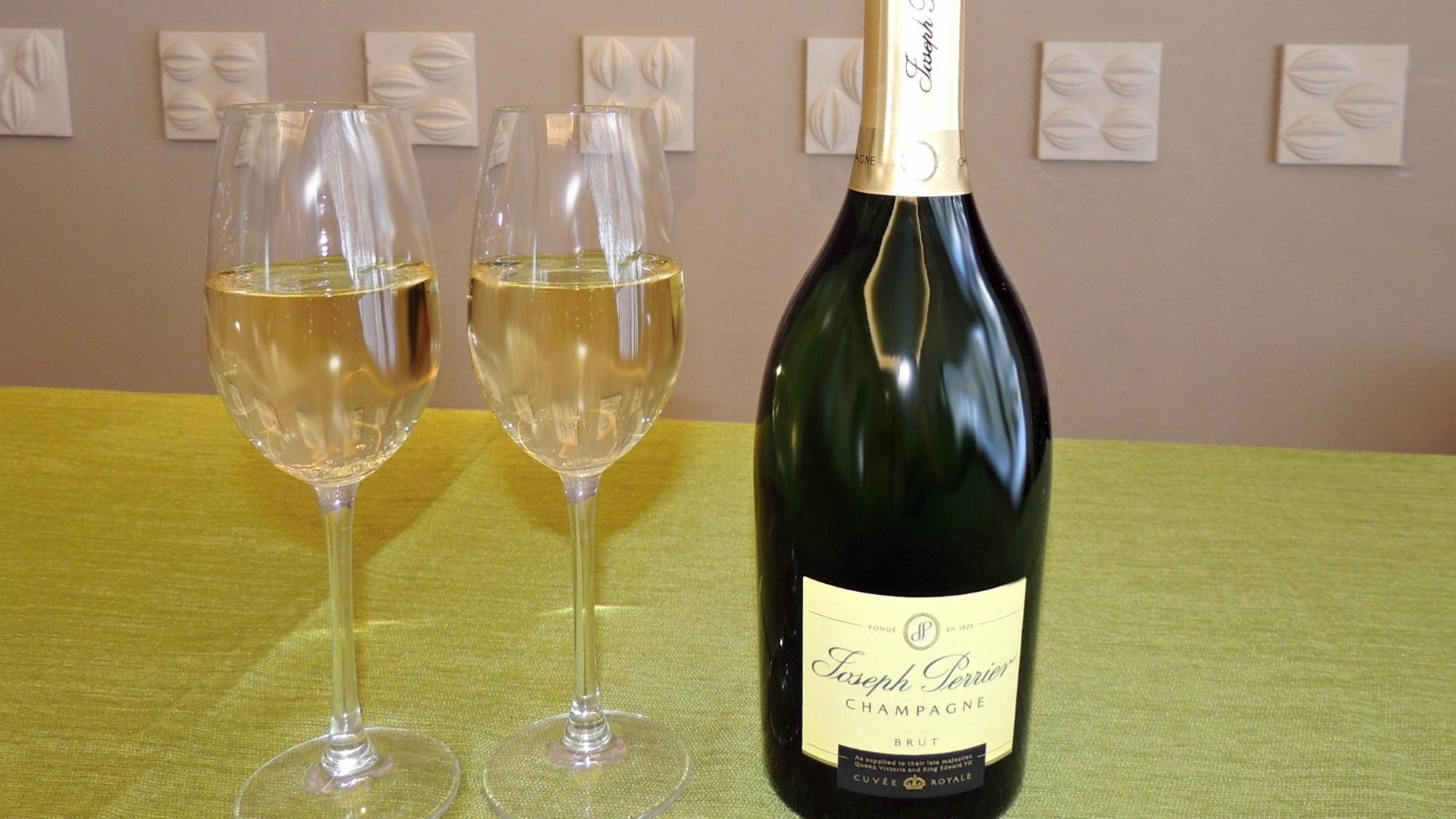 【シャンパンで乾杯】「ジョセフ・ペリエ」フルボトル付プラン/ビュッフェ