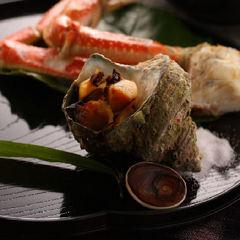 当館一番人気!地魚刺身の舟盛・蟹やアワビ踊り焼き♪和洋折衷贅沢プラン