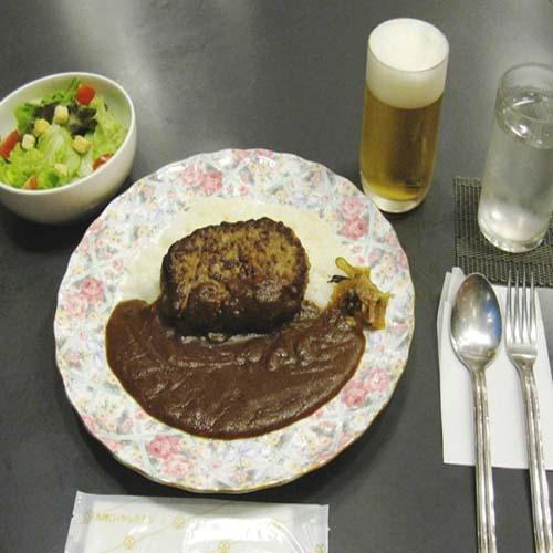 ご夕食はハンバーグカレーセット!2食付きプラン(和室部屋風呂なし喫煙室)チェックイン20時迄