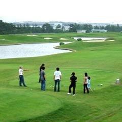 煌めく日本海と自然豊かな「ふれあい健康広場」で爽快プレー☆レッツエンジョイ!ファミリーゴルフ
