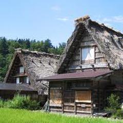 【白山白川郷ホワイトロード】夏は避暑、秋は紅葉。世界遺産「白川郷」へと続く、大自然を走り抜ける