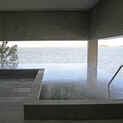 片山津温泉「総湯」入浴券付き。片山津の魅力に浸る、温泉三昧の旅!ホテルからお車約5分