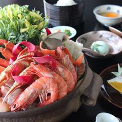 【鍋プラン】野菜たっぷり「寄せ鍋」で温まろう!冬は「カニ鍋」も選択可。前菜・造里、〆は雑炊!