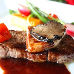 【新春イタリアン】鮑・キャビア・黒毛和牛を使用したグレードアップ特別フルコースで、贅沢な年越し