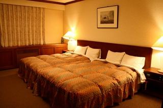 ■宿泊日限定■スイートルームで過ごすプラチナ(白金)ステイプラン♪1泊2食付