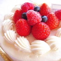 【アニバーサリープラン】大切な人と素敵なひとときを・・・ホールケーキ&ロゼワイン付