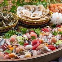 《早期割21》3種類の味が楽しめるサザエの壷焼きや地野菜を使った料理など食べ放題!郷土料理バイキング