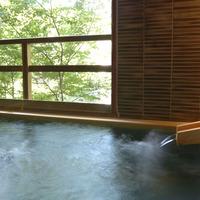 温泉掛け流し露天風呂付き客室 亀峰菴 68平米タイプ