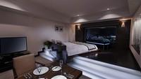 【The 3 Style/素泊まり】ダイニング・リビング・ベッドに分かれた57平米の広々客室<禁煙>