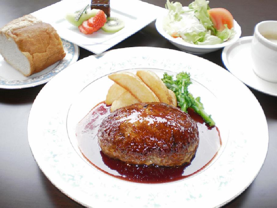 【1泊2食付き】和・洋5種類から選べるご夕食