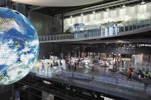 日本科学未来館「ディズニー・アート展」とお台場