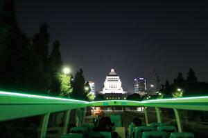 2階建てオープンバスで行く!煌めくナイトビュードライブ(スカイグリルブッフェ「武藏」のディナー)