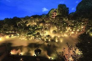 宵の東京ゆめみごこち(霧の庭園「東京雲海」ライトアップと百段階段)