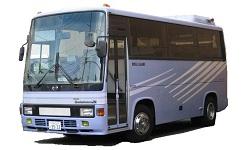 八番レンタカーのマイクロバス/29人乗デラックスクラス
