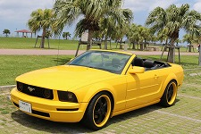 フォード マスタング コンバーチブル イエロー