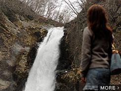 「日本の滝百選」に選ばれた秋保大滝
