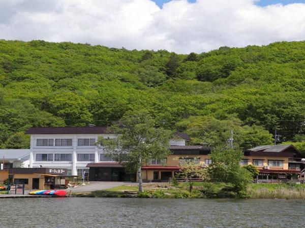 白樺湖畔の宿 君待荘